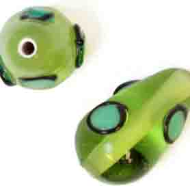 GLASS LAMP BEAD 15x9mm PEAR SHAPE GREEN image