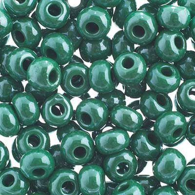 Czech Seed Beads 32/0 Opaque Green sfinx image